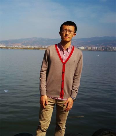2014级硕士 李元晟